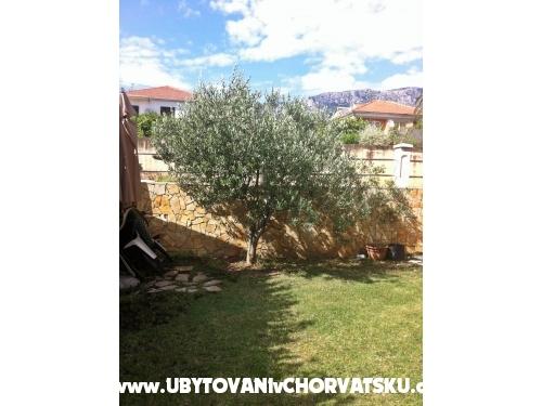 Appartements Vito - Ka�tela Croatie