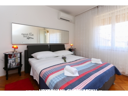 Apartman-Kuća, Dan Mari-Kastel Gomi - Kaštela Hrvatska