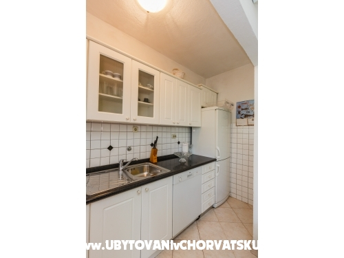 Perla apartman - Ka�tela Hrvatska