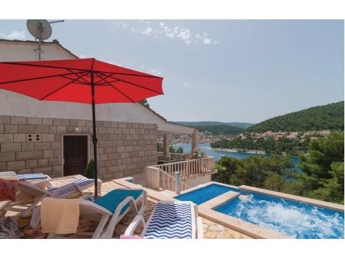 Split View - Kaštela Chorvatsko