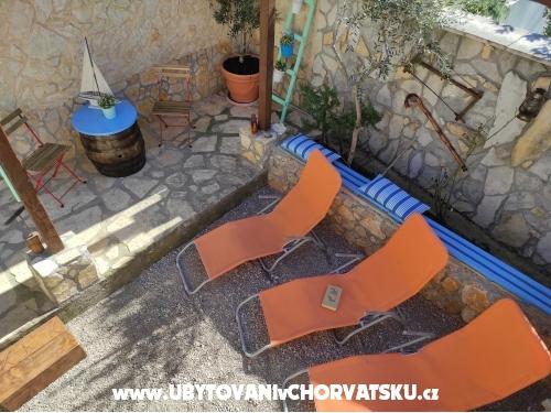 Apartmani LUNA - ostrov Krk Hrvatska
