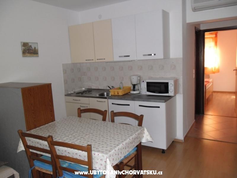 Apartmani ivan - ostrov Krk Hrvatska