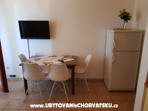 Apartmani Omi�alj - ostrov Krk Hrvatska