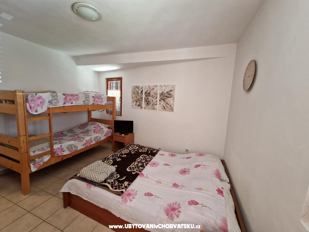 Apartamenty Omi�alj - ostrov Krk Chorwacja