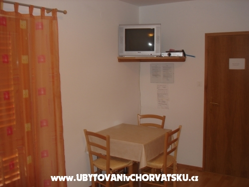 Apartm�ny Petrovi� - ostrov Krk Chorvatsko