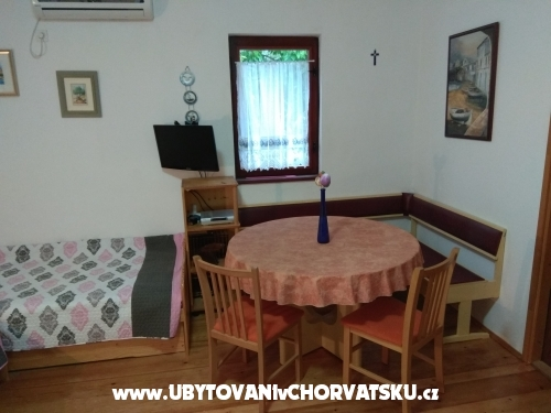 Apartmaji Tonković - ostrov Krk Hrvaška