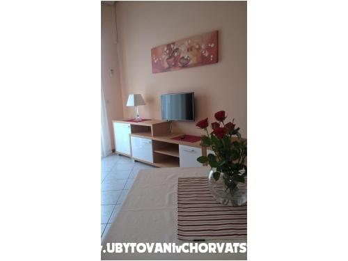 Apartments Dujmovic Baska - ostrov Krk Croatia