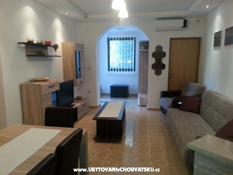 Appartamenti Intiv- Malinska - ostrov Krk Croazia