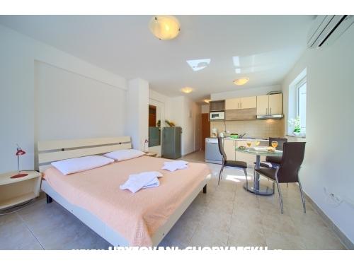 Apartmaji Martina - ostrov Krk Hrvaška