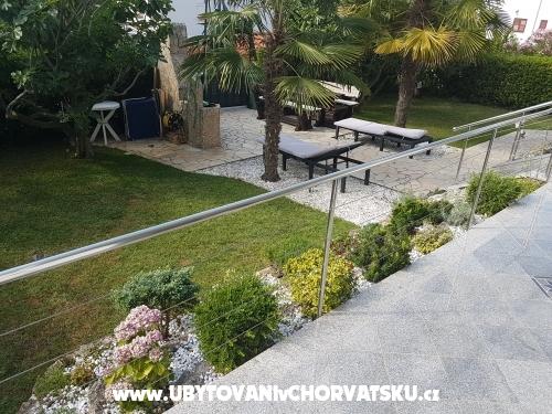 Apartmaji Barišić - ostrov Krk Hrvaška
