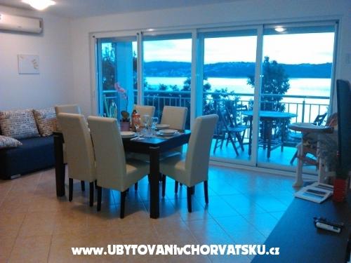 Villa Klimno direct na pláži - ostrov Krk Chorvátsko