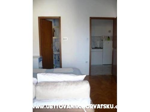 Appartamenti Andrija�evi� - Makarska Croazia