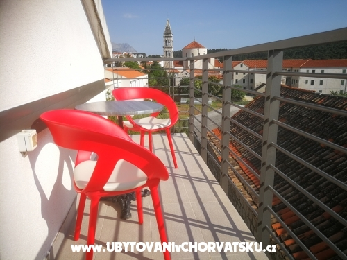 Familia City Center Apartmány - Makarska Chorvatsko