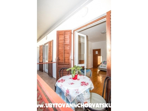 Apartments Nuić - Makarska Croatia