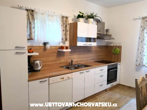Apartmaji Rubinić - Makarska Hrvaška