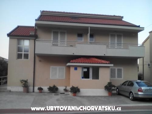 Apartm�ny Sre�o - Makarska Chorv�tsko