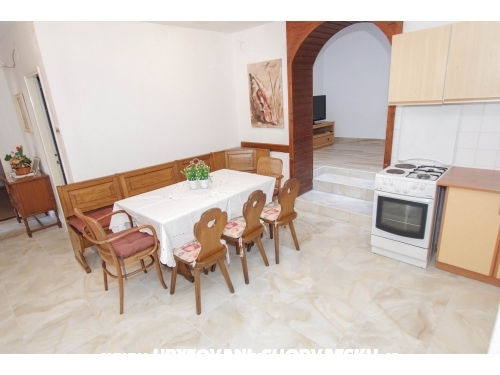 Appartements uz more Maton - Makarska Kroatien