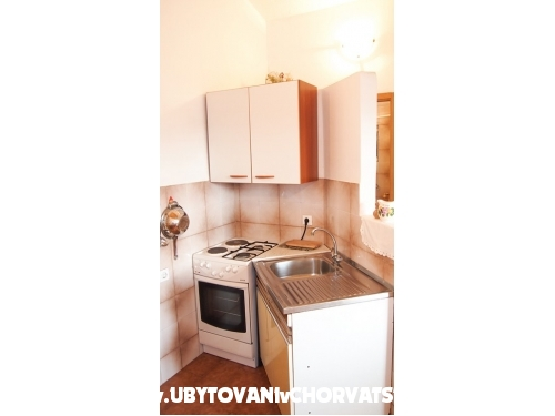 Appartements uz more Maton - Makarska Croatie