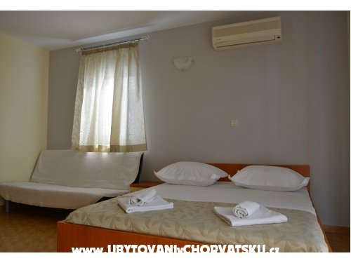 Appartementen Vujcic - Makarska Kroatië
