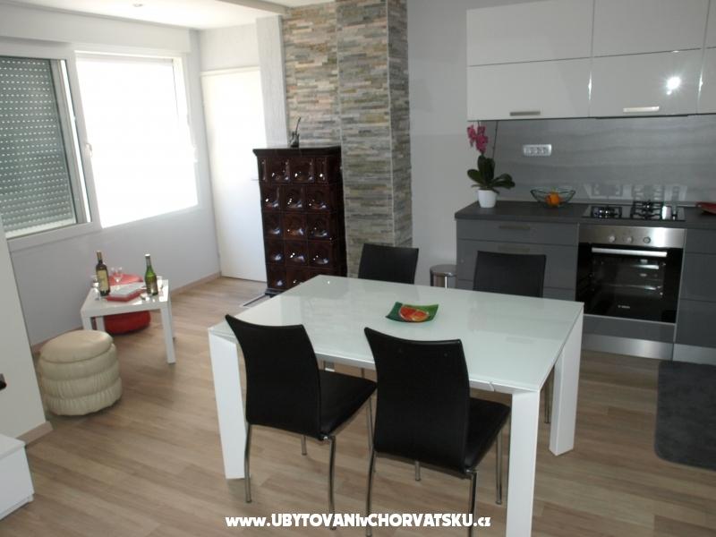 Апартаменты Zarko Buljan - Макарска Хорватия
