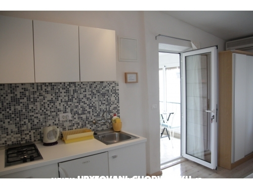 Apartamenty and rooms Rica - Makarska Chorwacja