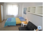 Ferienwohnungen and rooms Rica - Makarska Kroatien