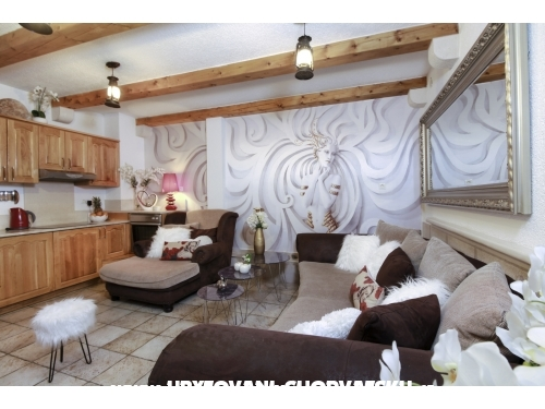 Apartm�ny Romy, 10m from the beach - Makarska Chorv�tsko