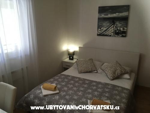 Momy - Makarska Chorvatsko