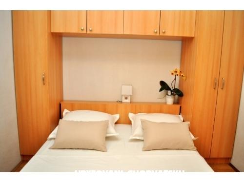 Apartmaji Veselko Beus - Makarska Hrvaška