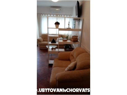 Villa Appartements Sumić - Makarska Croatie