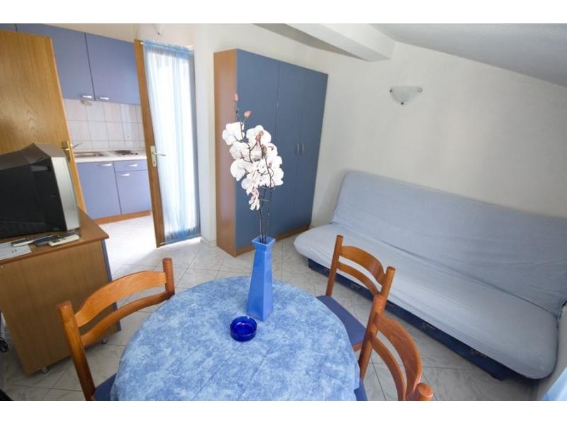 Apartmány Dinko sa bazenom - Marina – Trogir Chorvátsko