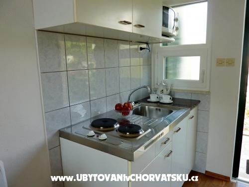 Apartmaji Julija Sevid - Marina – Trogir Hrvaška