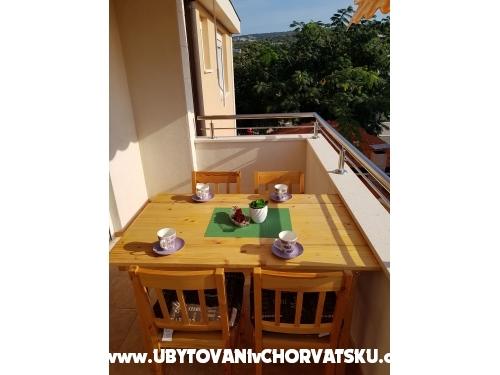 Apartmaji Marko Sevid - Marina – Trogir Hrvaška