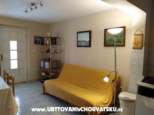 Apartmani Mirkovic - Marina – Trogir Hrvatska