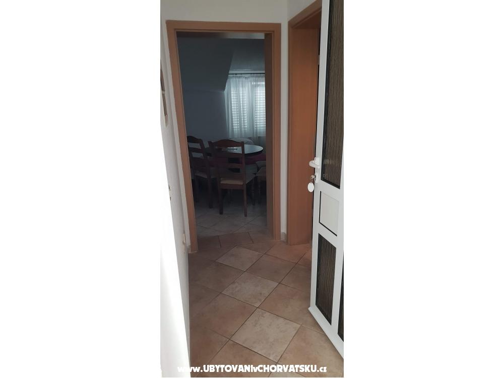 Apartmaji Pralija - Marina – Trogir Hrvaška