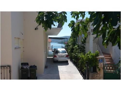 Apartmanok Vukelja - Marina – Trogir Horvátország