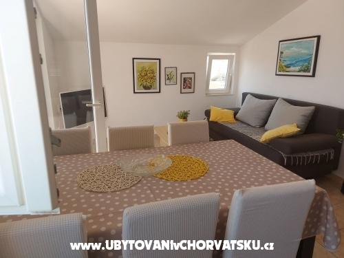 Apartmani Erceg - Marina – Trogir Hrvatska
