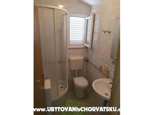 Apartments Villa MANDINA with pool - Marina – Trogir Croatia