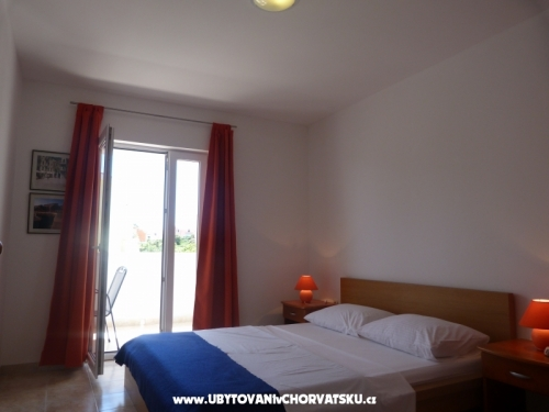 Apartmaji Roko - Marina – Trogir Hrvaška