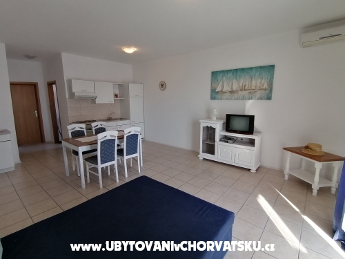 Villa Luna - Marina – Trogir Hrvaška