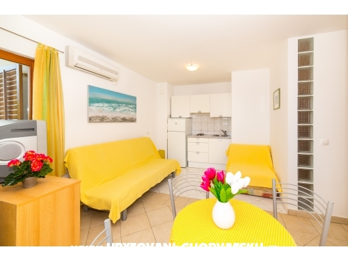Holiday house Nena avec piscine - Marina – Trogir Croatie