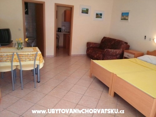 Apartments Budisa - Maslenica Croatia