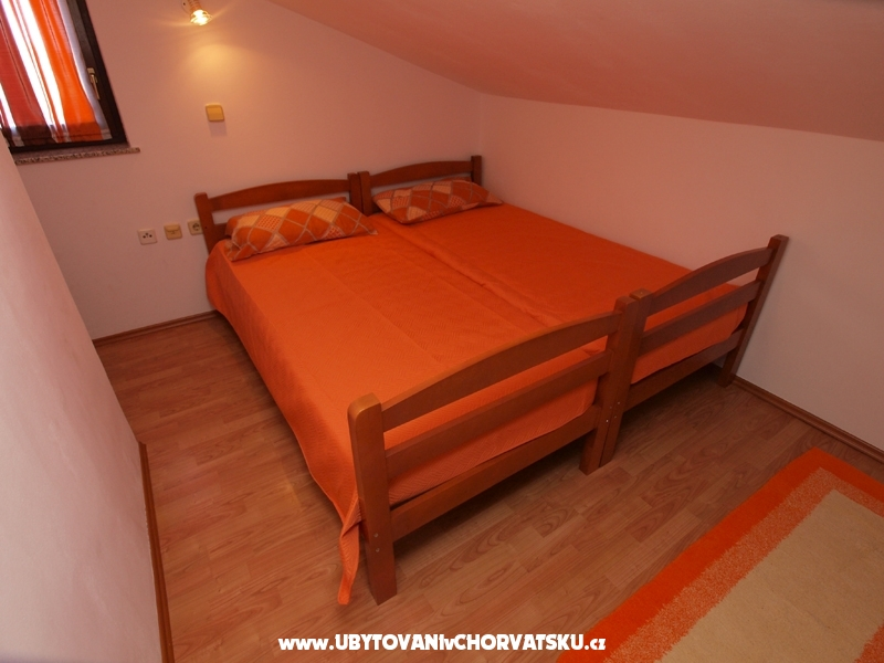 Apartments Orange 411 - Medulin Croatia