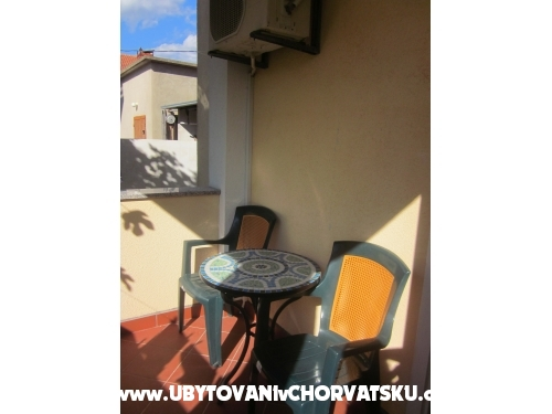 Apartment Betina - Murter Croatia