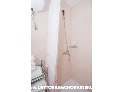 Apartmanok Adrian - Murter Horvátország