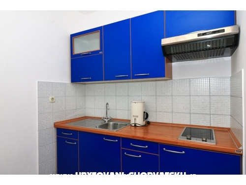Apartmanok Alma - Murter Horvátország