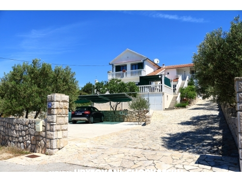 Apartments Alma - Murter Croatia
