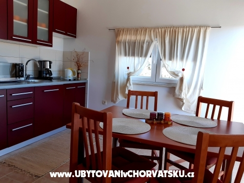 Apartments AS sa bazenom - Murter Croatia