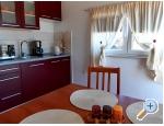 Appartements AS sa bazenom - Murter Kroatien