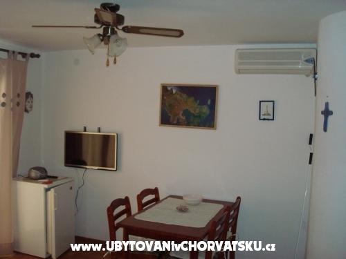 Apartmány Ema - Murter Chorvatsko